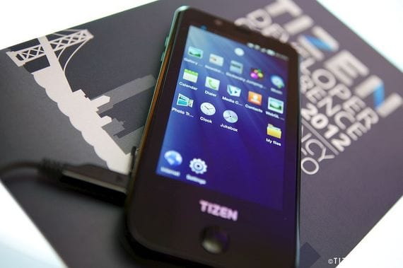 Prototipo con SO Tizen