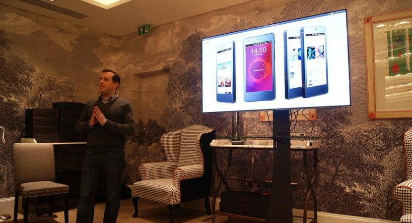 Cristian Parrino en una presentación